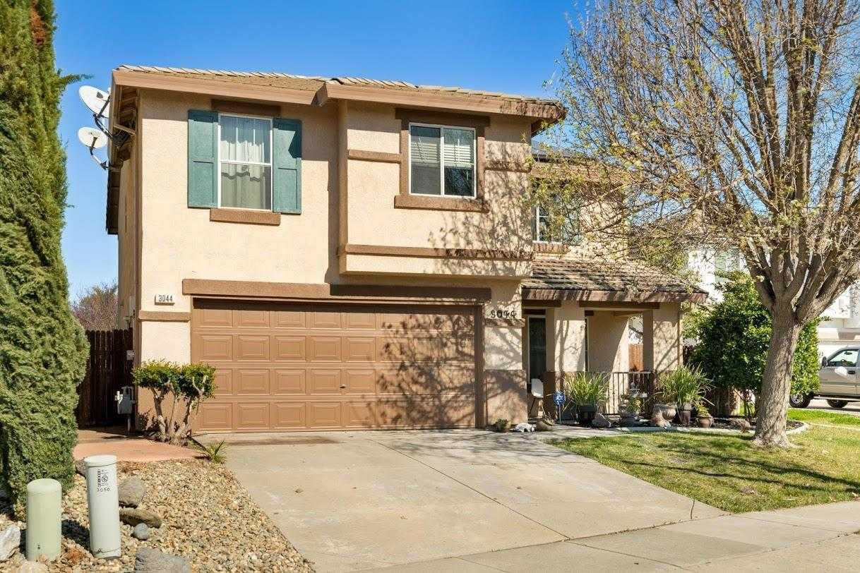 $564,900 - 4Br/3Ba -  for Sale in West Sacramento