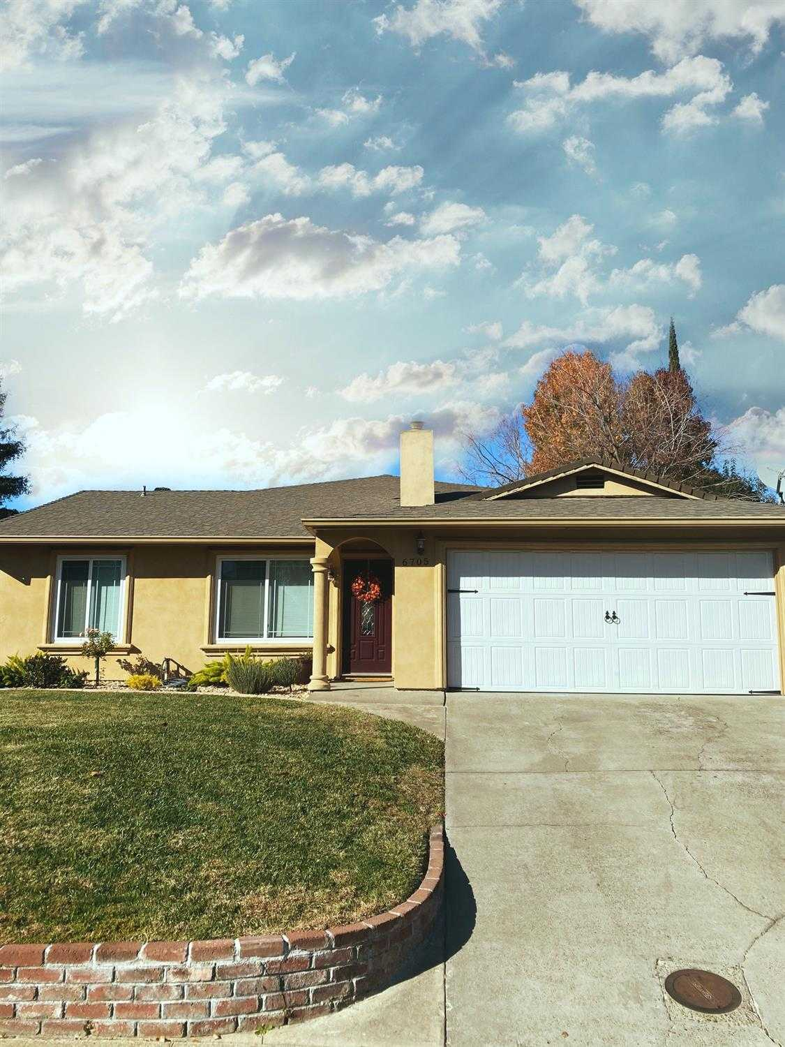 $419,990 - 3Br/2Ba -  for Sale in Sacramento
