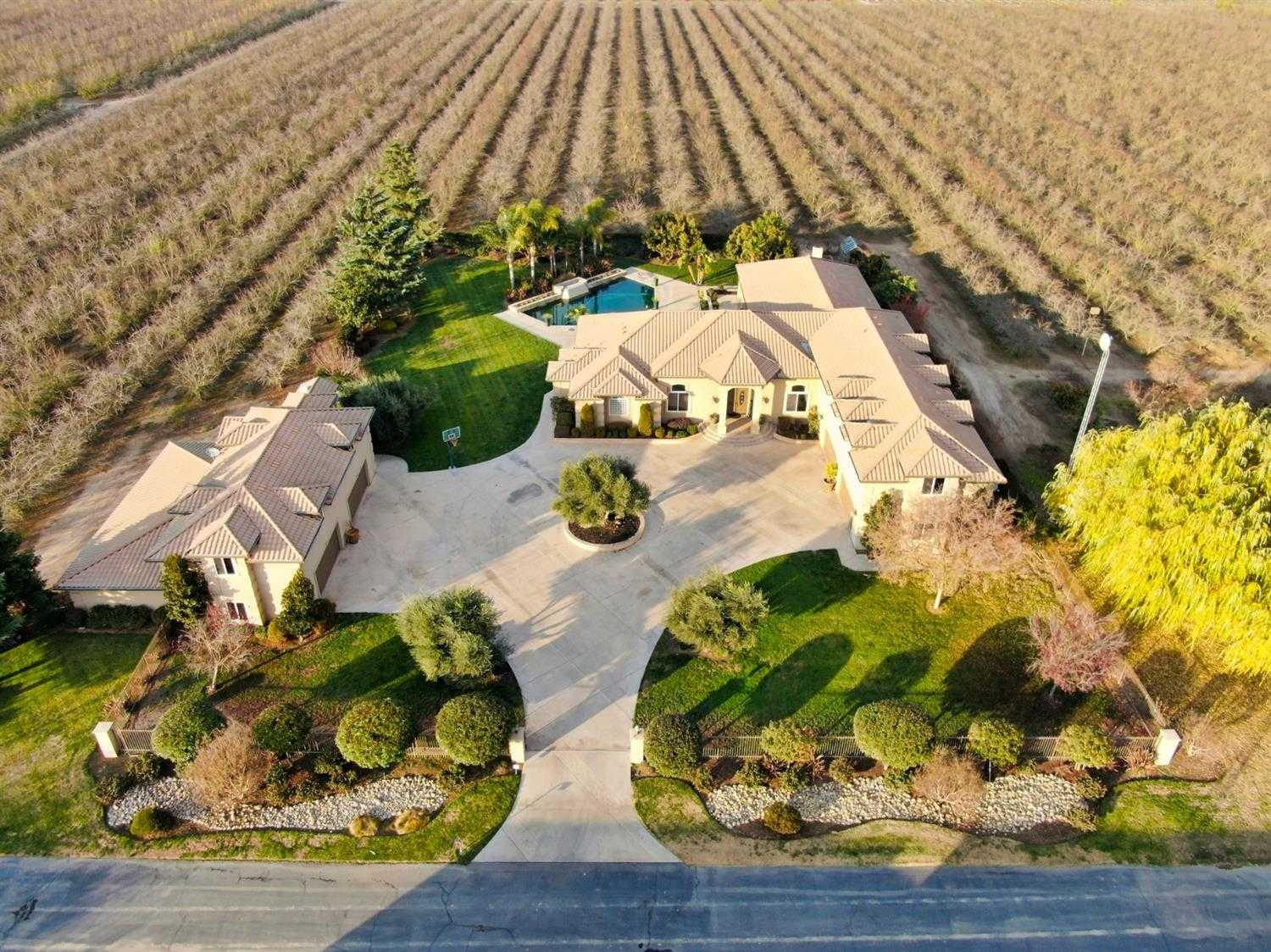 $2,940,000 - 4Br/4Ba -  for Sale in Ceres