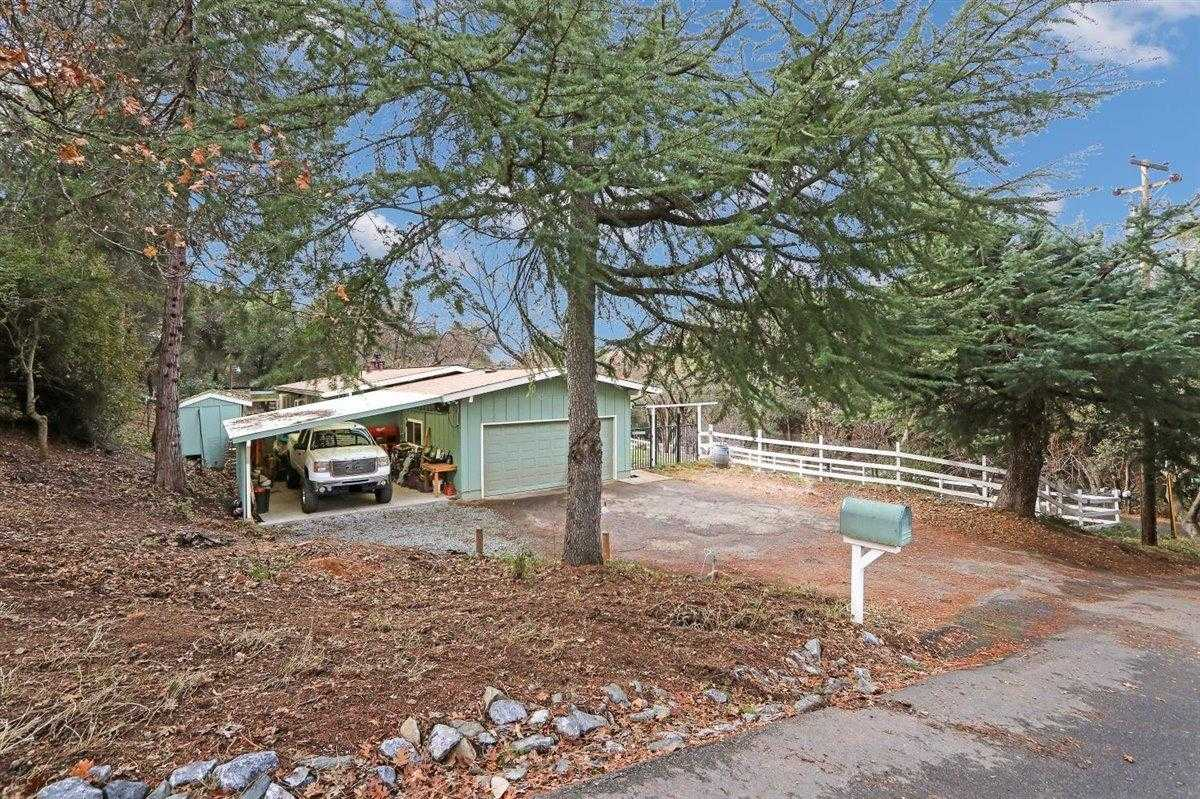 $495,500 - 4Br/2Ba -  for Sale in Placerville