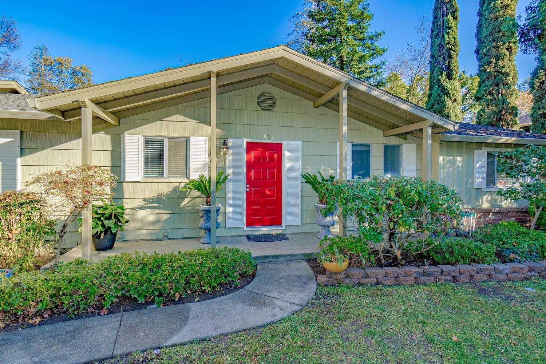 $499,999 - 3Br/2Ba -  for Sale in Big Oak Estates, Carmichael