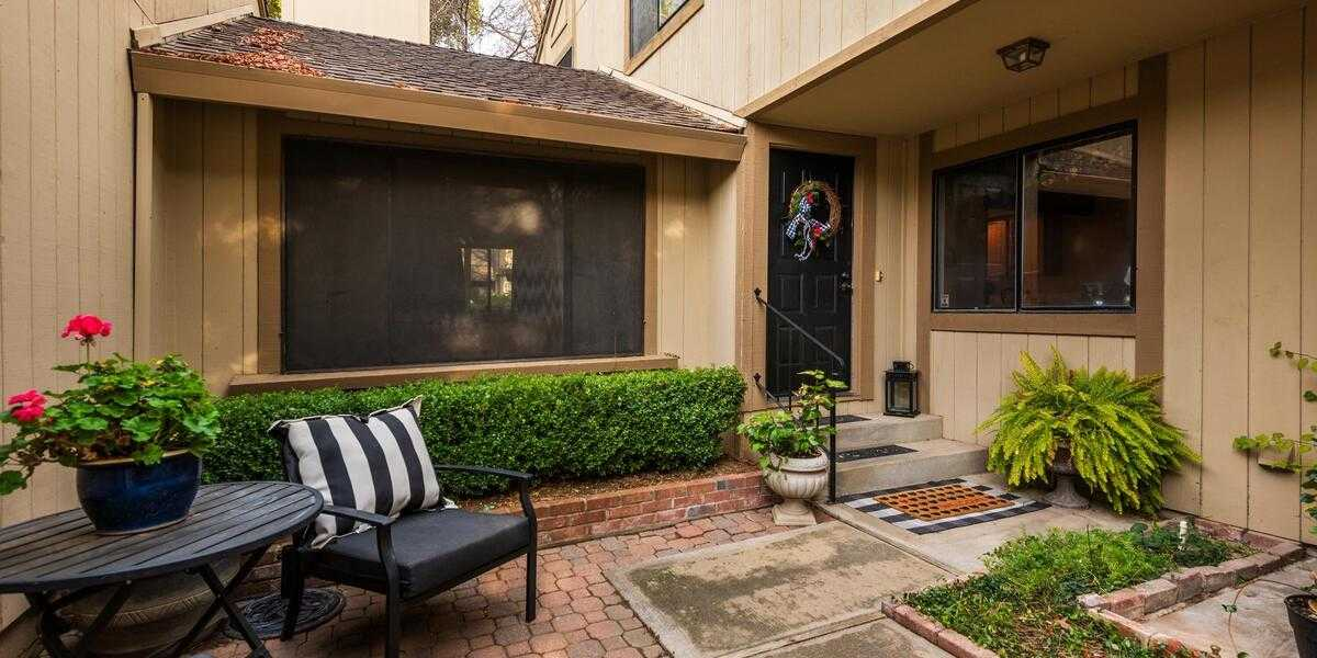 $360,000 - 3Br/2Ba -  for Sale in Citrus Heights