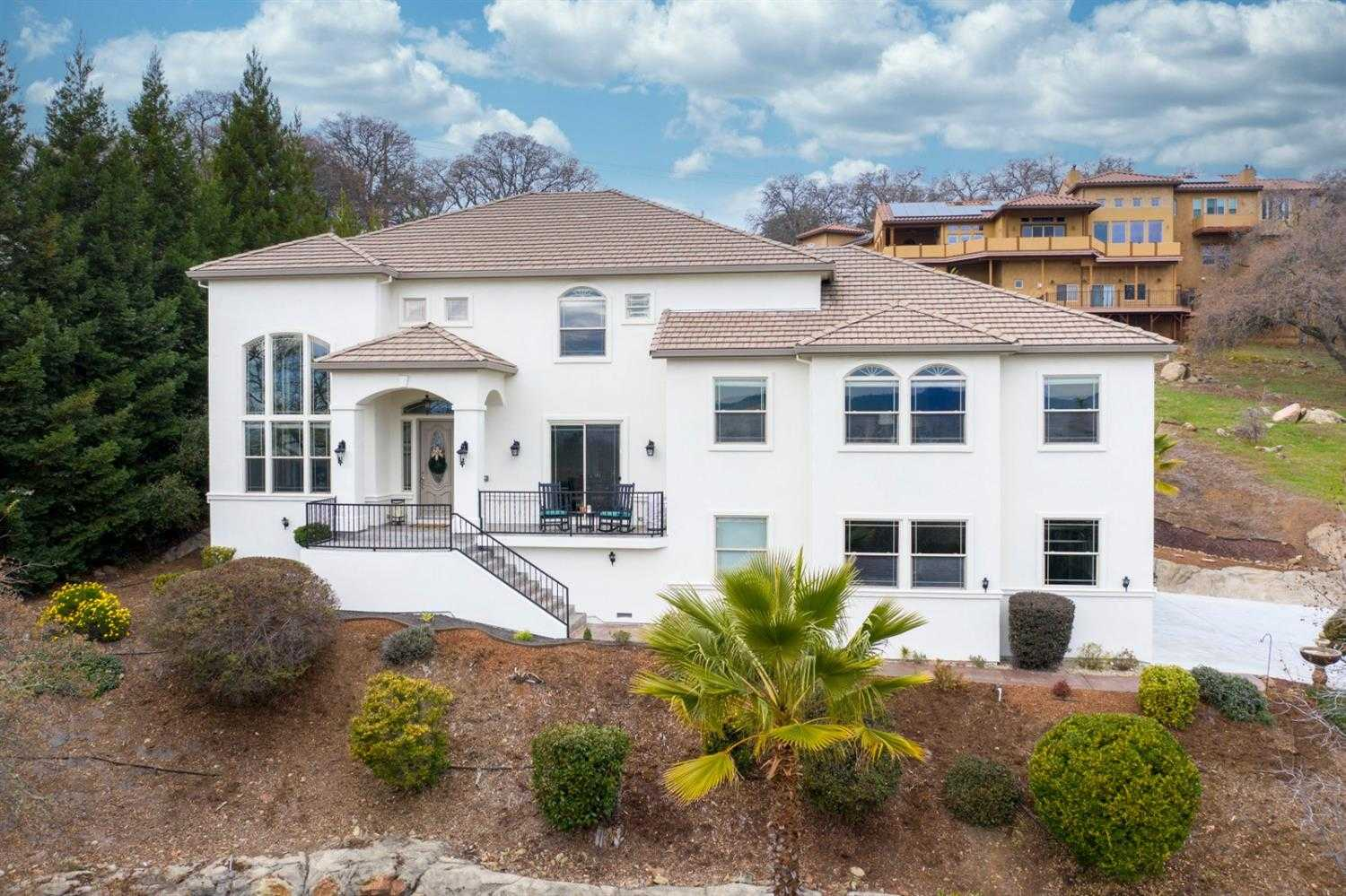 $999,000 - 4Br/5Ba -  for Sale in Crescent Hills, El Dorado Hills