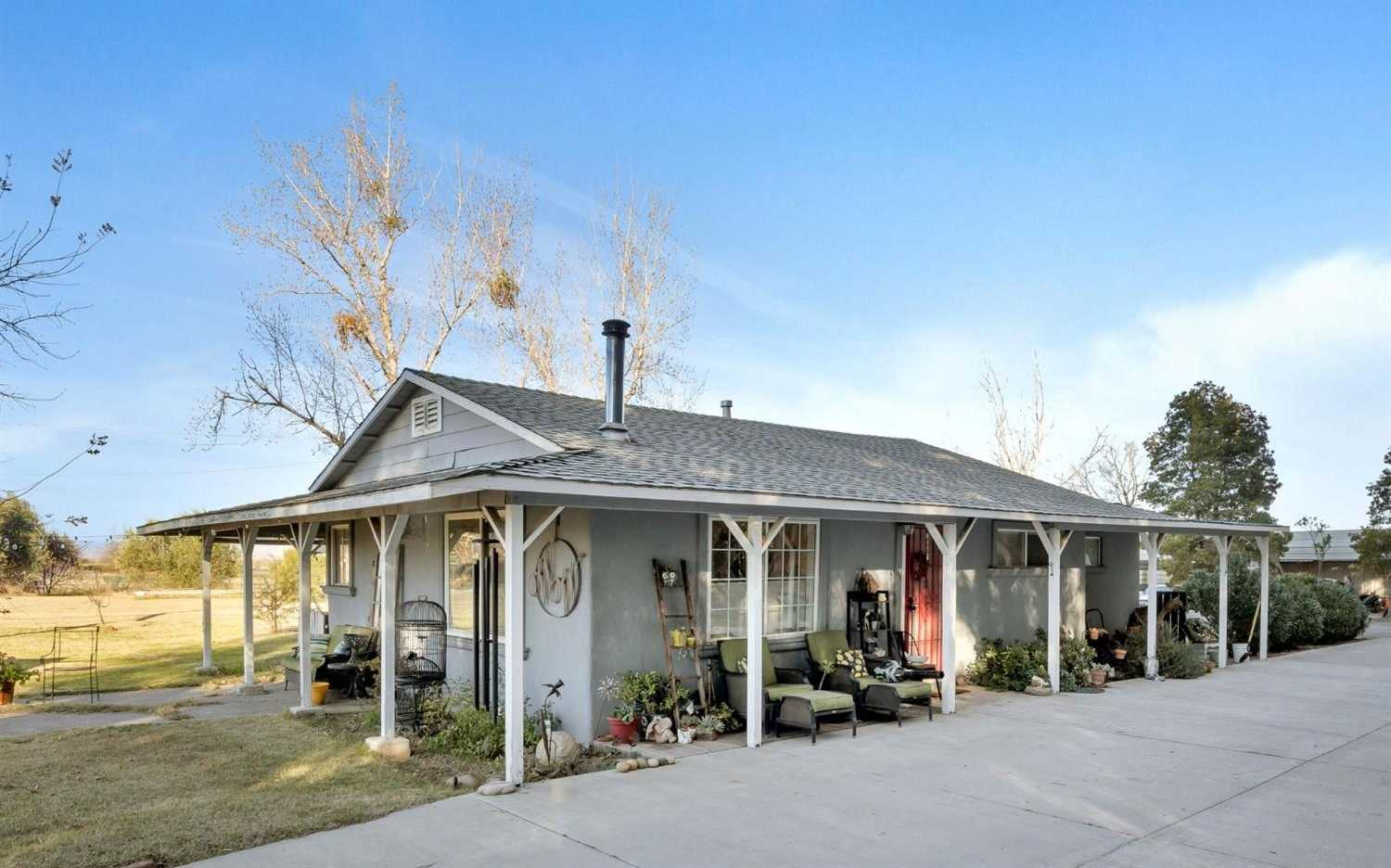$1,100,000 - 3Br/2Ba -  for Sale in Woodland