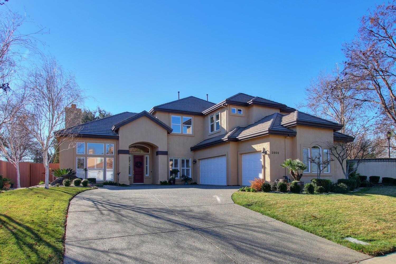 $1,236,000 - 5Br/3Ba -  for Sale in Davis