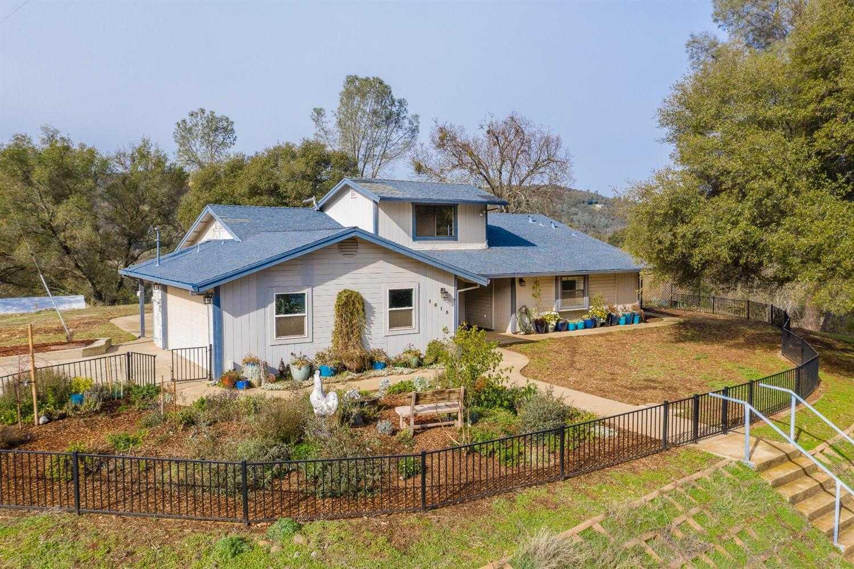 $839,000 - 3Br/3Ba -  for Sale in Shingle Springs