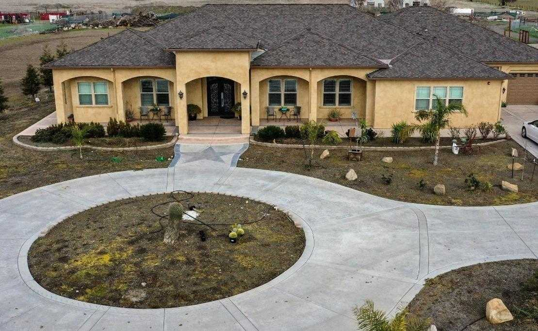 $1,900,000 - 4Br/6Ba -  for Sale in Woodland