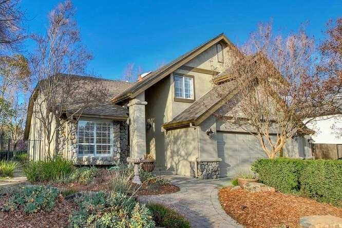 $975,000 - 5Br/4Ba -  for Sale in Davis