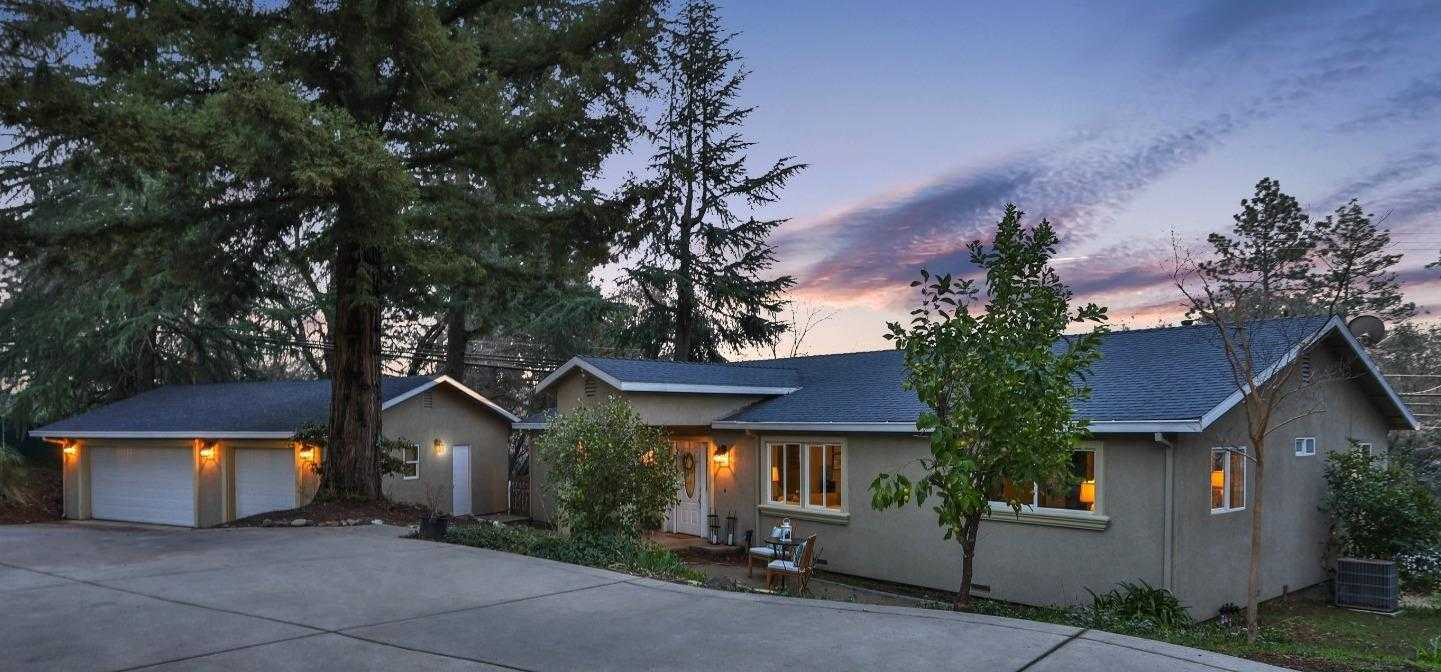 $500,000 - 3Br/2Ba -  for Sale in Placerville