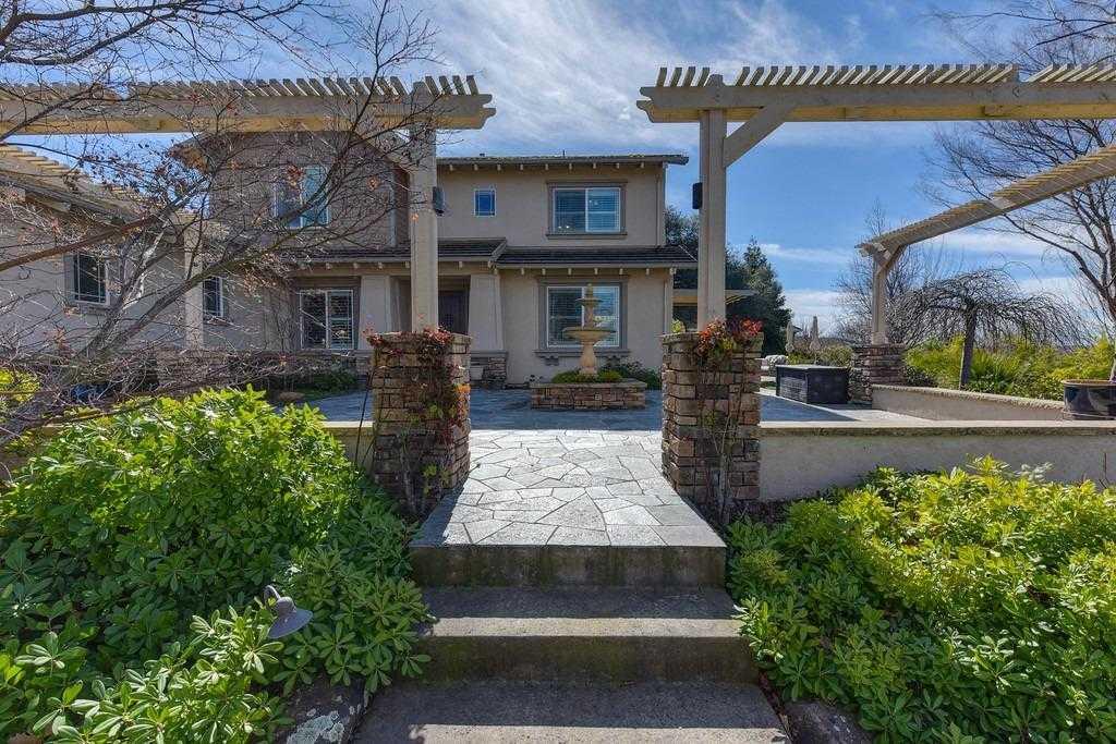 $1,100,000 - 4Br/3Ba -  for Sale in Highland View, El Dorado Hills