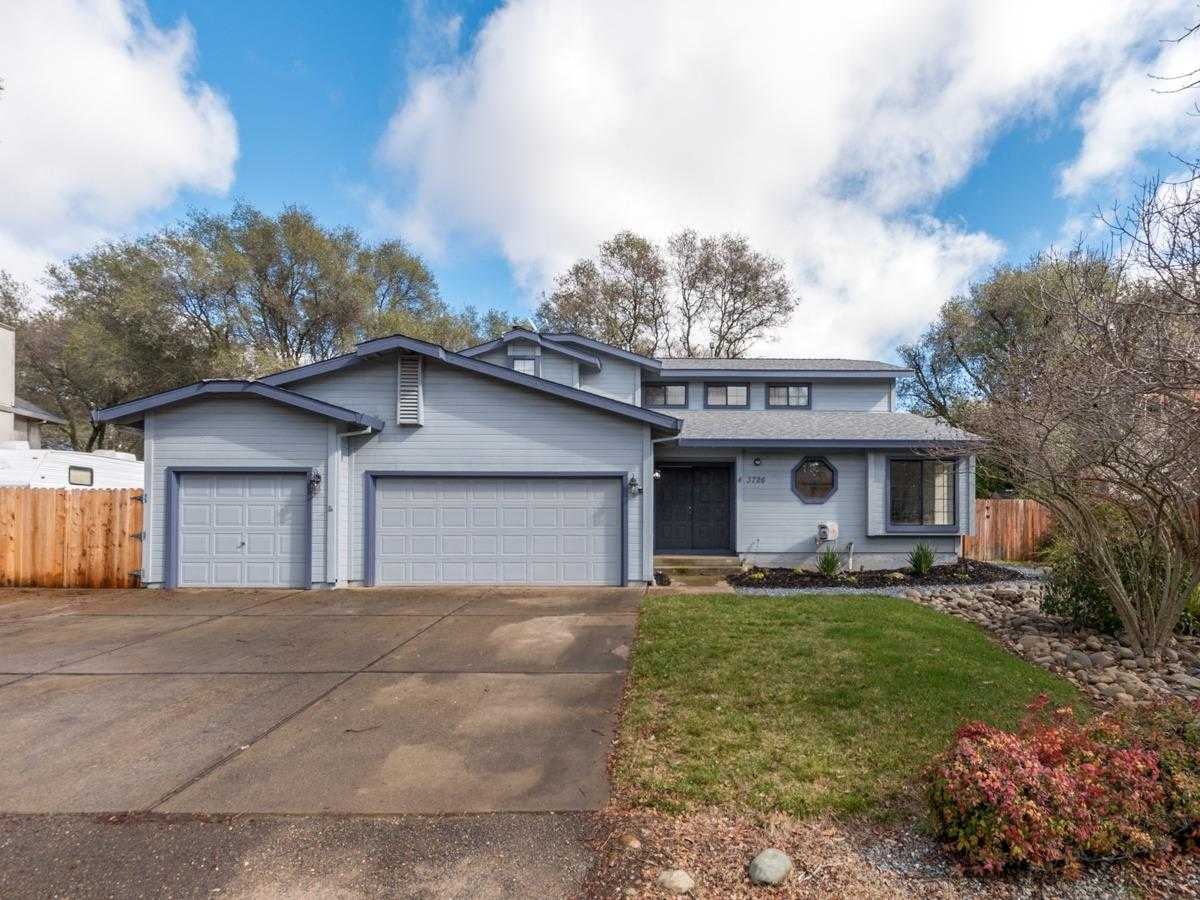 $589,500 - 4Br/3Ba -  for Sale in Cameron Park