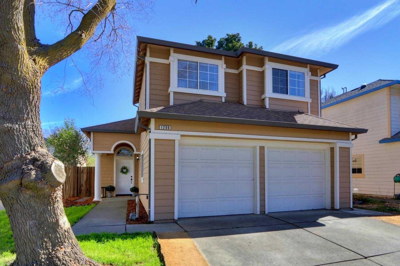 $619,000 - 3Br/3Ba -  for Sale in Davis