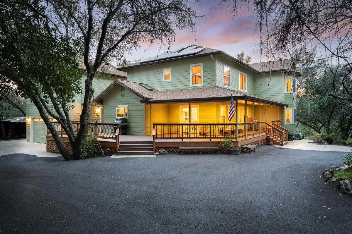 $999,000 - 5Br/4Ba -  for Sale in Placerville