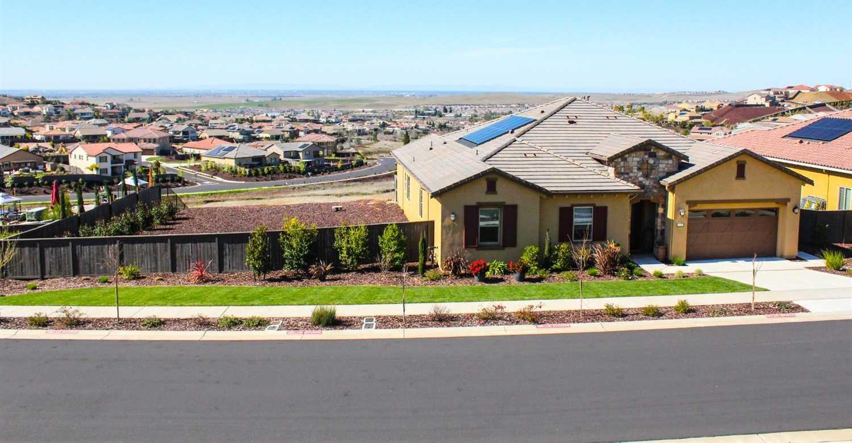 $989,900 - 3Br/3Ba -  for Sale in El Dorado Hills
