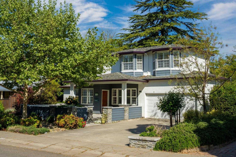 $1,060,000 - 4Br/3Ba -  for Sale in Davis