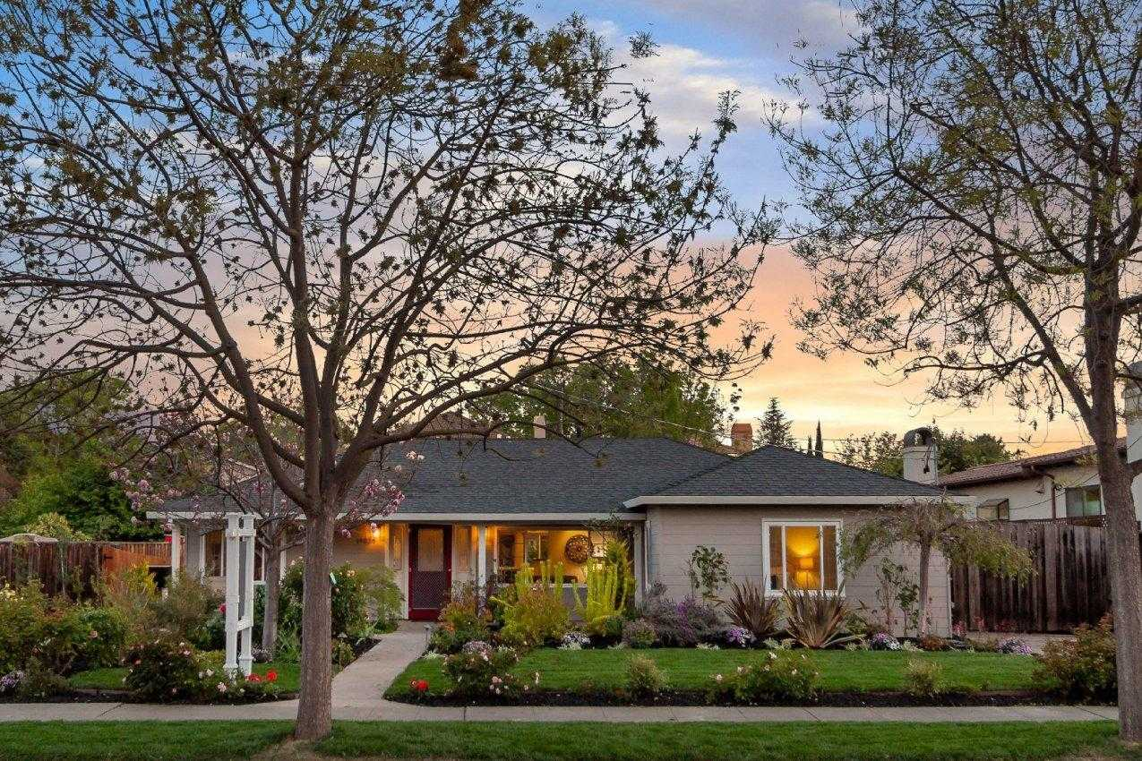 $2,990,000 - 3Br/1Ba -  for Sale in Cupertino