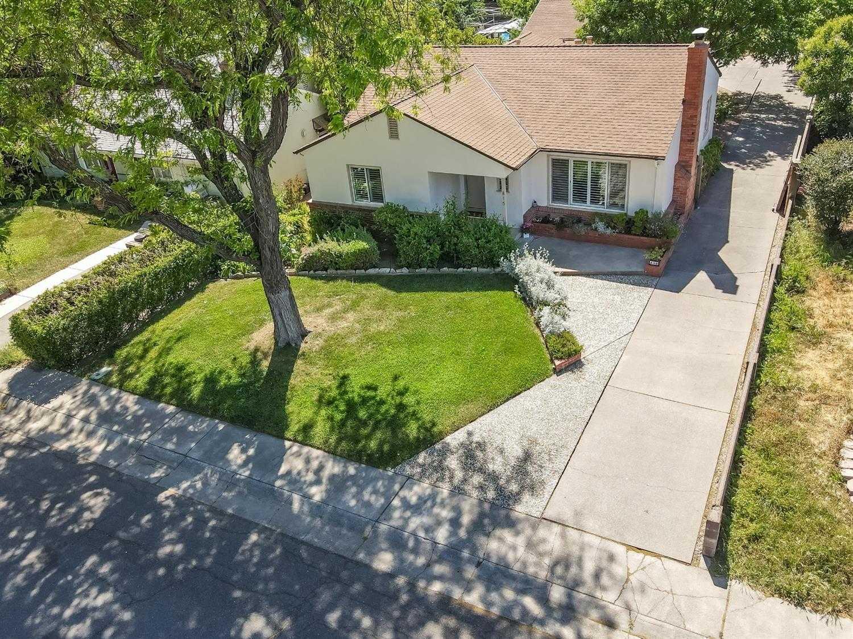 $895,000 - 3Br/2Ba -  for Sale in Davis
