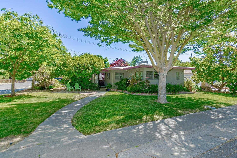 $885,000 - 3Br/2Ba -  for Sale in Davis