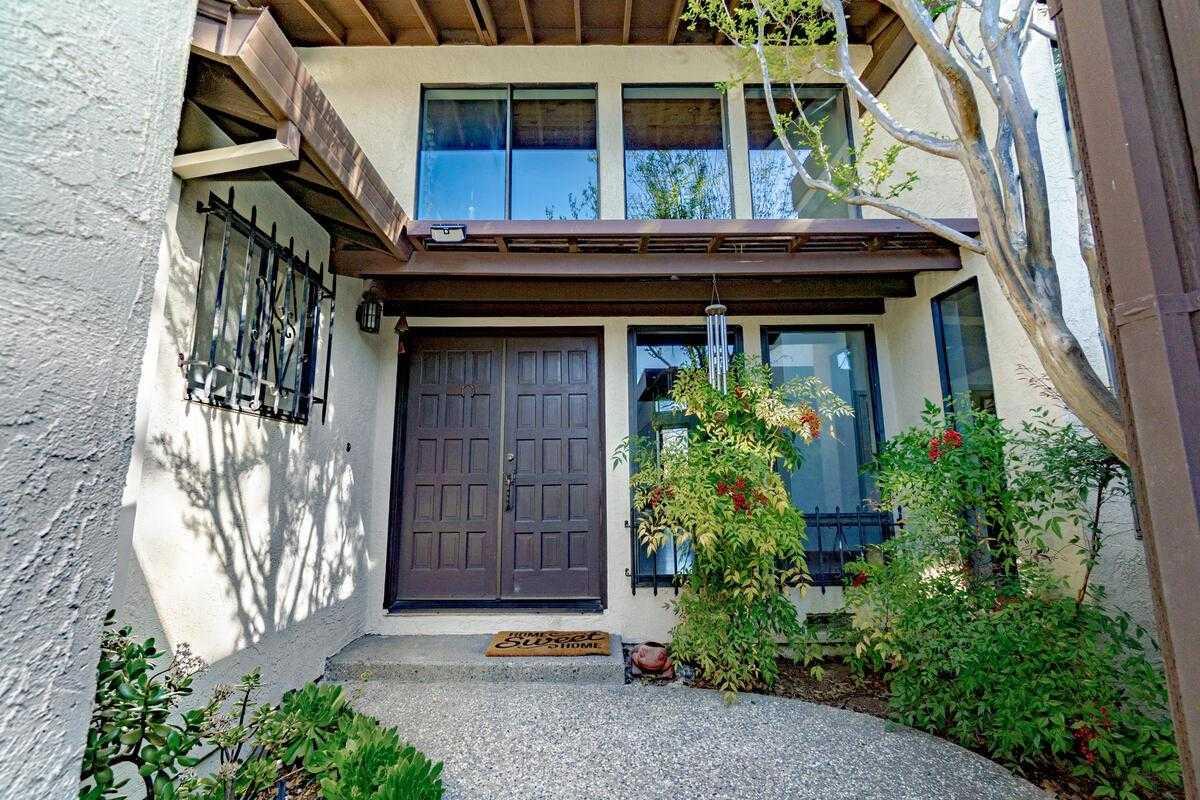 $880,000 - 3Br/2Ba -  for Sale in Davis