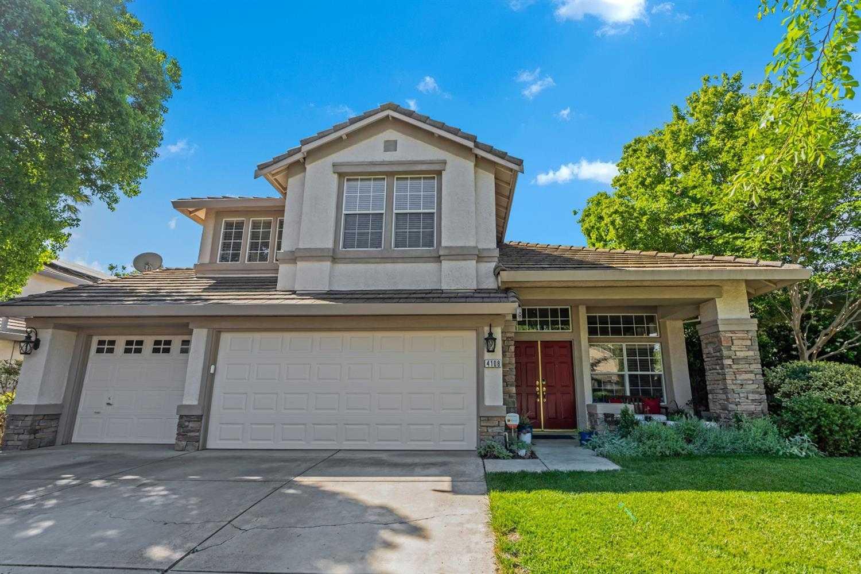 $875,000 - 4Br/3Ba -  for Sale in Davis