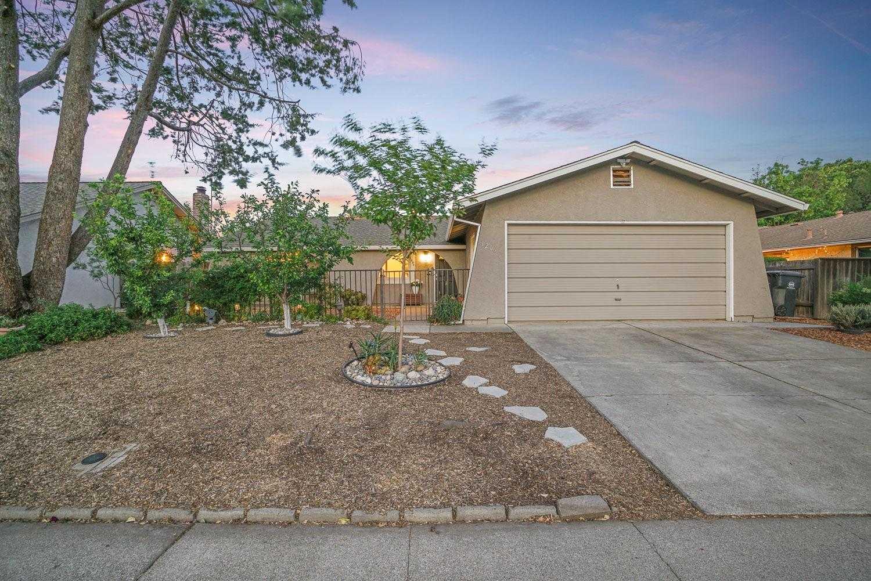 $795,000 - 4Br/2Ba -  for Sale in Davis