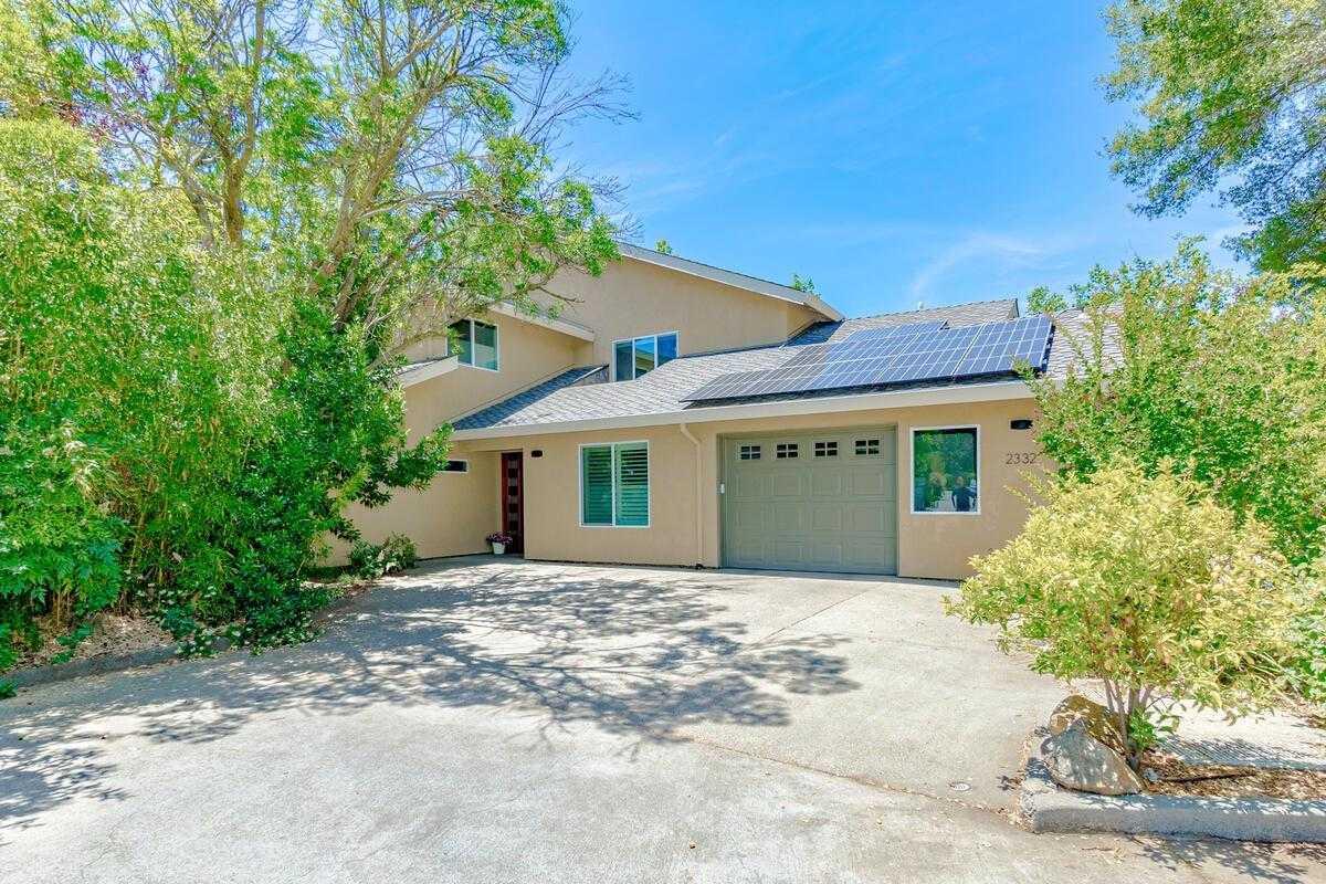 $1,100,000 - 4Br/4Ba -  for Sale in Davis