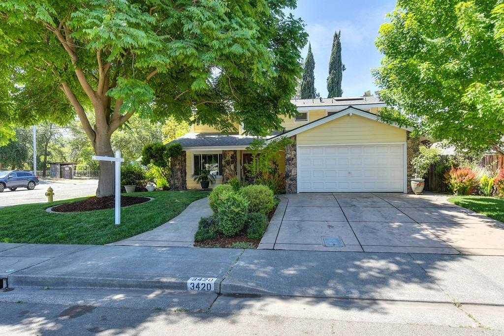 $885,000 - 4Br/3Ba -  for Sale in Davis