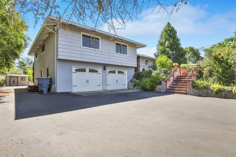 6105 Rustic Hills Drive