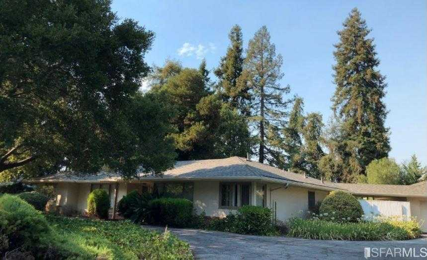 $3,960,000 - 3Br/2Ba -  for Sale in Atherton