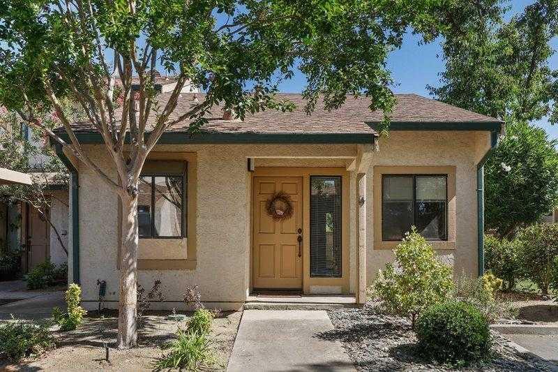 $379,900 - 1Br/1Ba -  for Sale in Arrowhead Condos, Davis