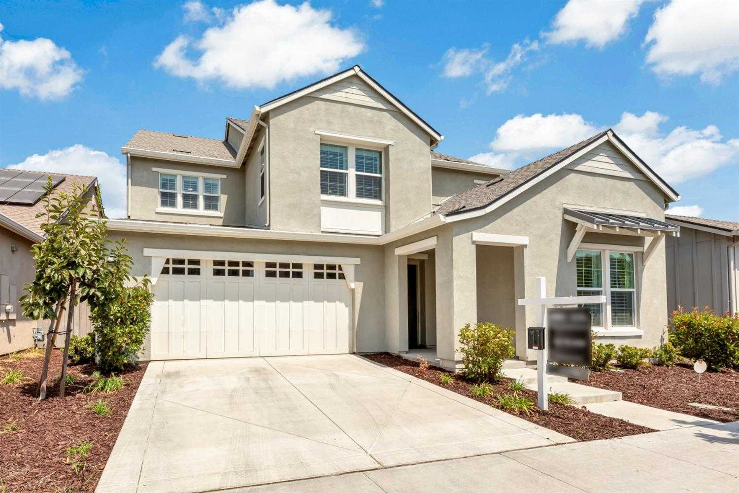 $1,449,000 - 4Br/5Ba -  for Sale in The Cannery, Davis