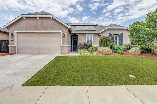 Home for sale listing photo: 887 Heartwood St, Lincoln, CA, 95648