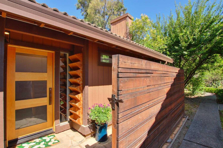 $499,000 - 1Br/1Ba -  for Sale in Village Homes, Davis