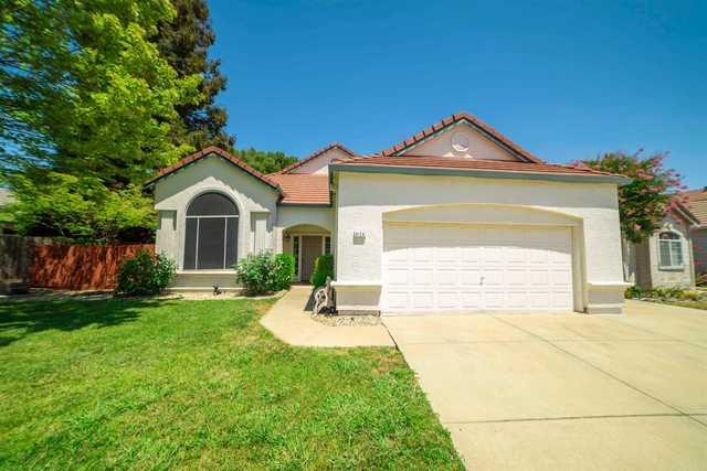 Home for sale listing photo: 6129 Belfield Cir, Elk Grove, CA, 95758