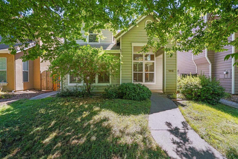 $815,000 - 4Br/3Ba -  for Sale in Davis