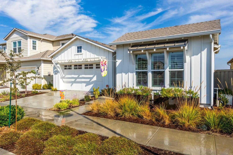 $1,190,000 - 3Br/3Ba -  for Sale in Davis