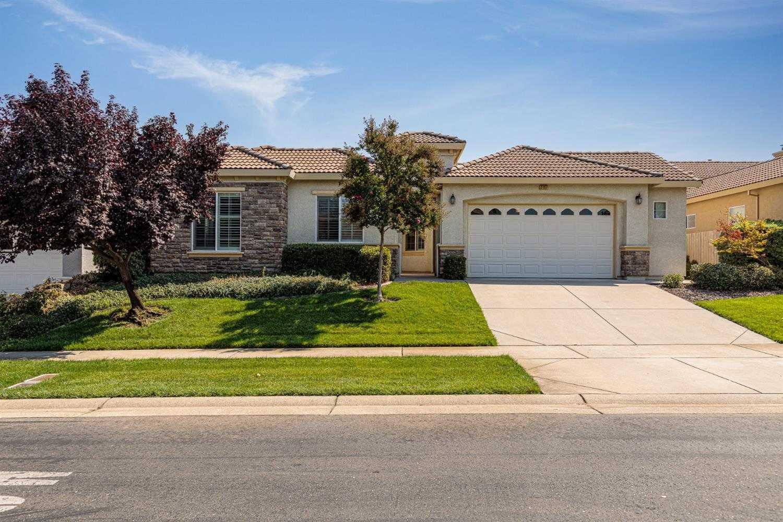 $785,000 - 2Br/3Ba -  for Sale in Four Seasons, El Dorado Hills