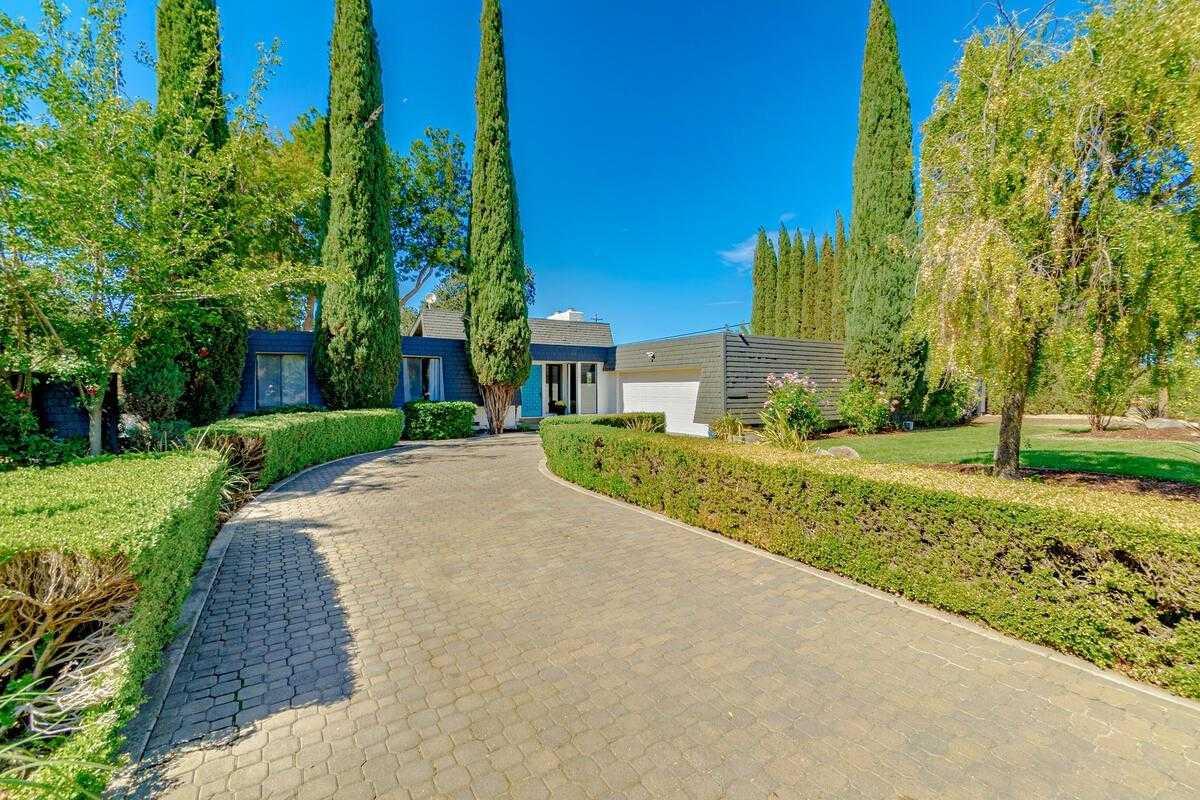 $1,295,000 - 3Br/2Ba -  for Sale in Davis