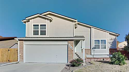 $515,000 - 3Br/2Ba -  for Sale in Country Meadows, Parker