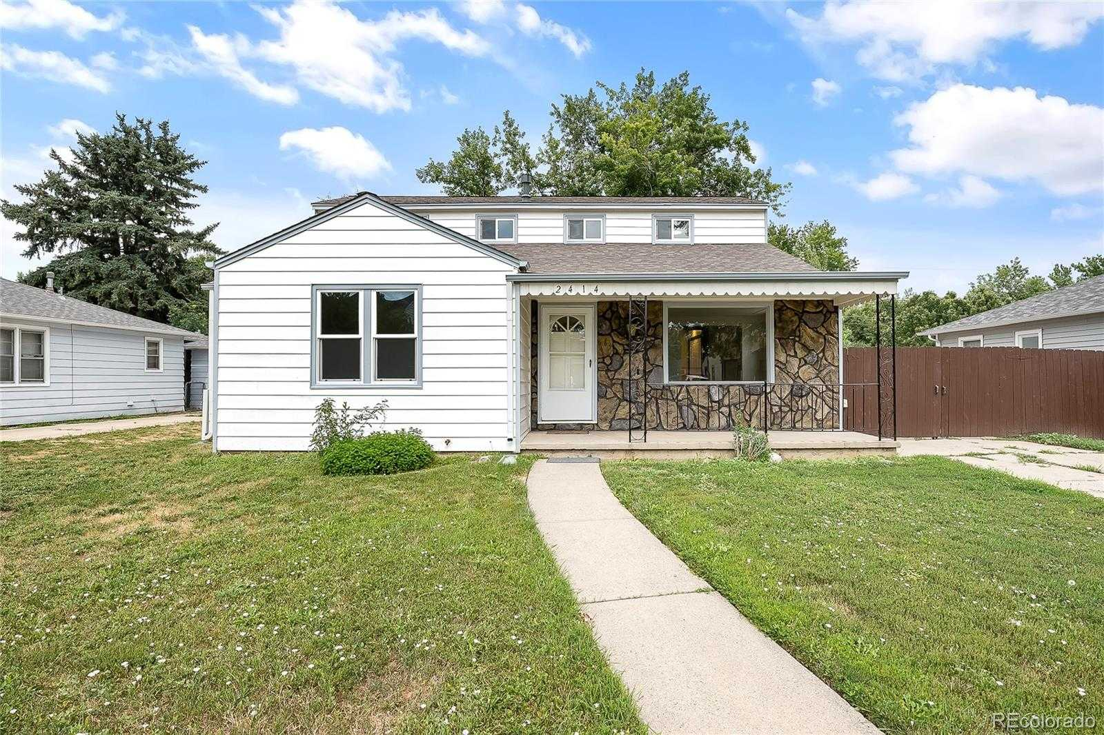 $615,000 - 4Br/2Ba -  for Sale in Edgewater, Edgewater