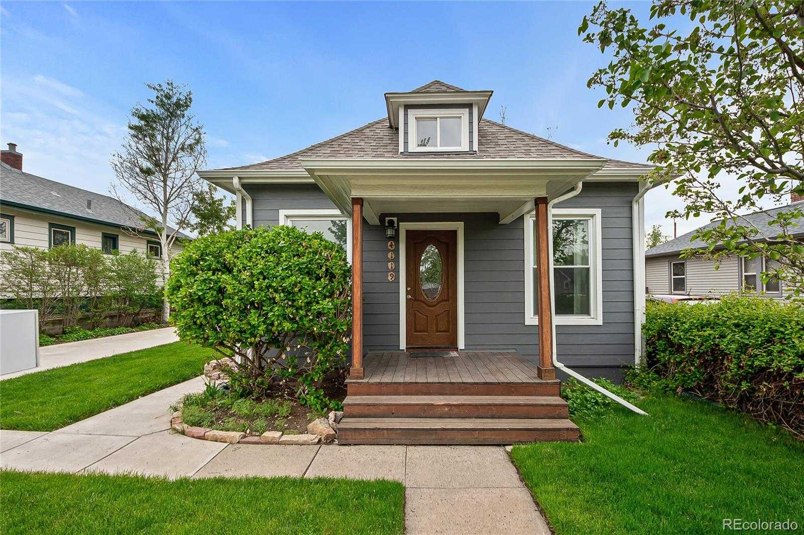 $575,000 - 3Br/2Ba -  for Sale in Mountain View, Denver