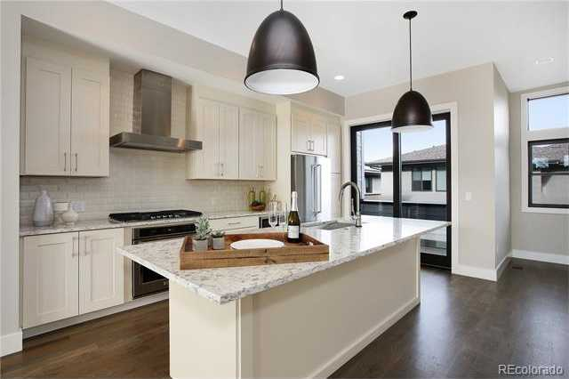 $825,000 - 2Br/4Ba -  for Sale in Boulevard One - Lowry, Denver