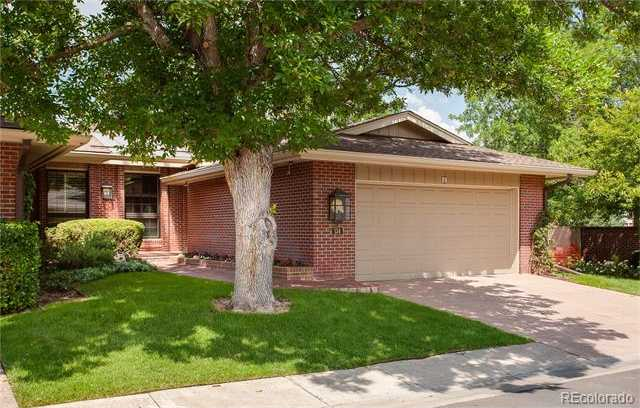 $745,000 - 3Br/3Ba -  for Sale in Wellshire, Denver