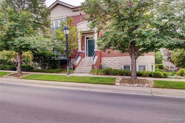 $600,000 - 2Br/3Ba -  for Sale in Manor Homes At Cherry Creek Condos, Denver