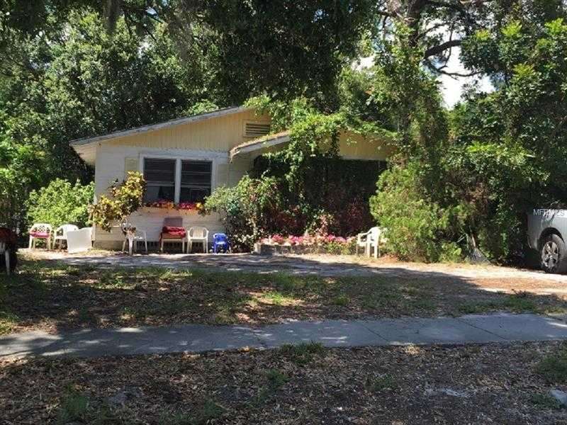 $275,000 - Br/Ba -  for Sale in Granada, Sarasota