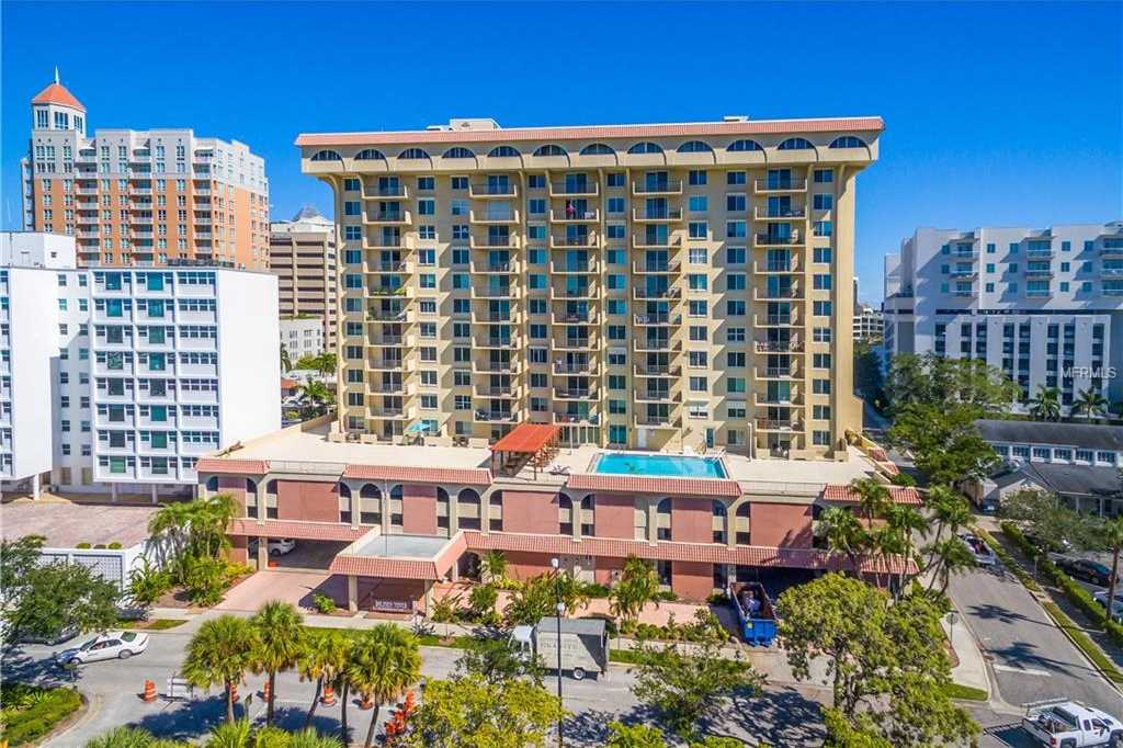 $369,900 - 2Br/2Ba -  for Sale in Dolphin Tower, Sarasota