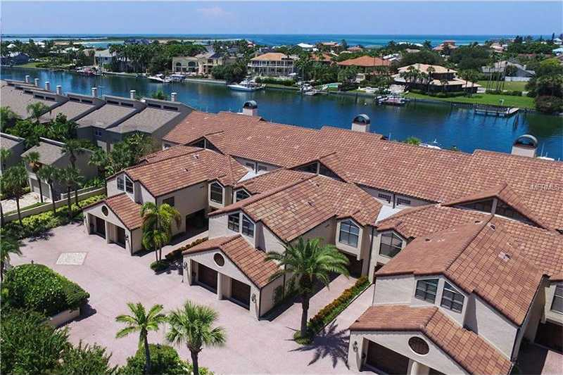$1,085,000 - 3Br/4Ba -  for Sale in Mariah Twnhs Rep, Tierra Verde