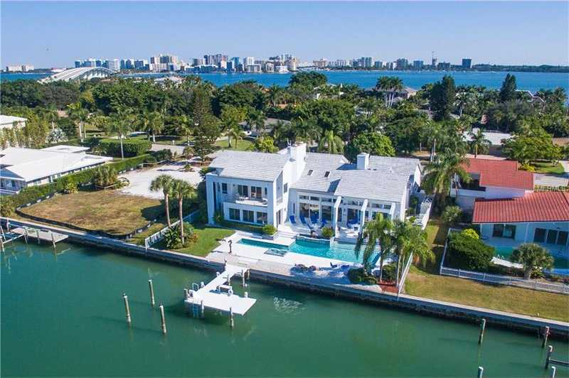 $3,999,000 - 5Br/6Ba -  for Sale in Bird Key Sub, Sarasota