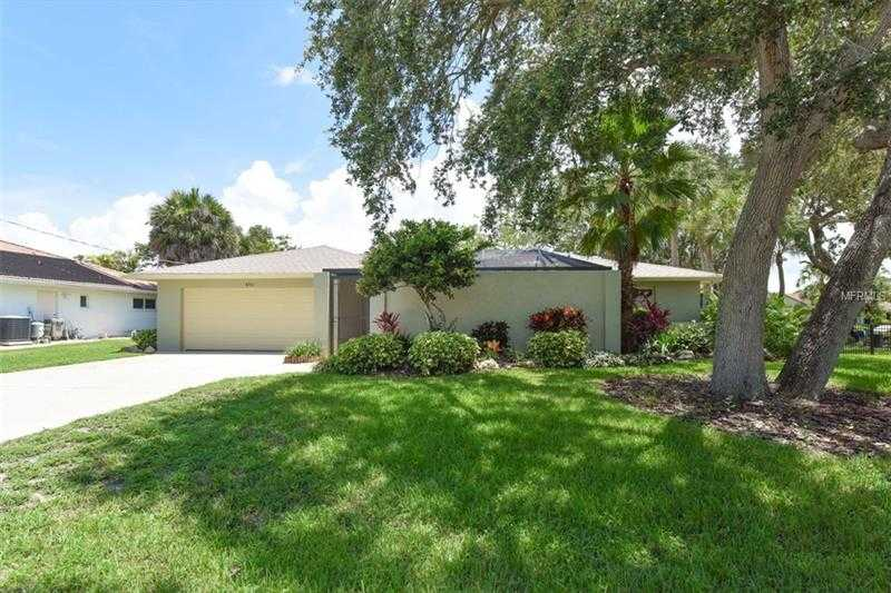 $779,000 - 3Br/2Ba -  for Sale in Bay View Acres, Sarasota