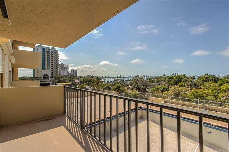 $399,900 - 1Br/2Ba -  for Sale in Dolphin Tower, Sarasota